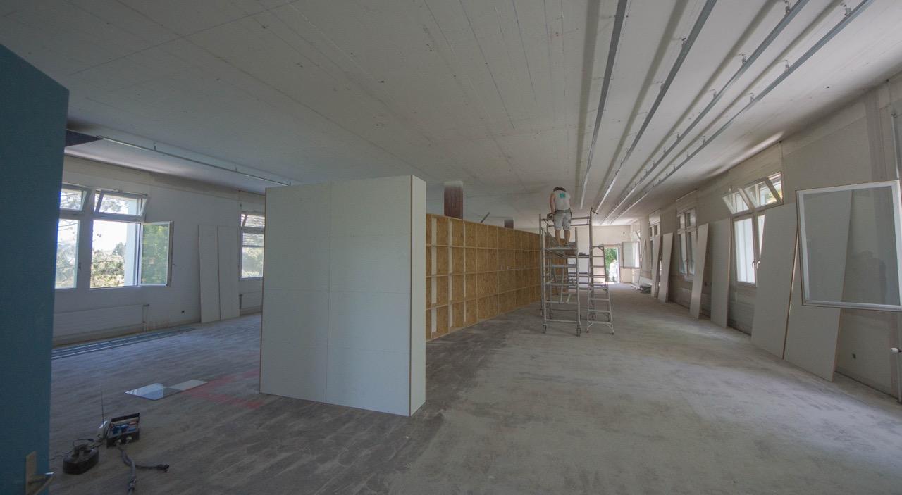 installation der trennwände - freimaurer museum schweiz